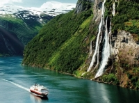 hurtigruten - save in norway